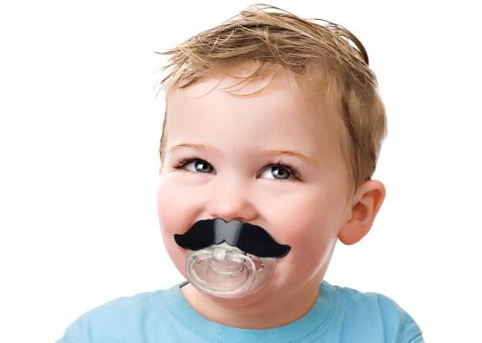Schnuller Mustache