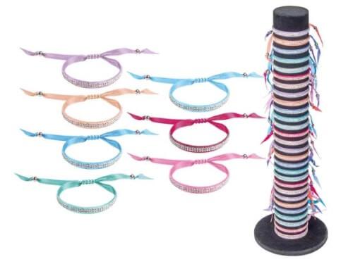 Armband mit Straßsteinen, sortiert